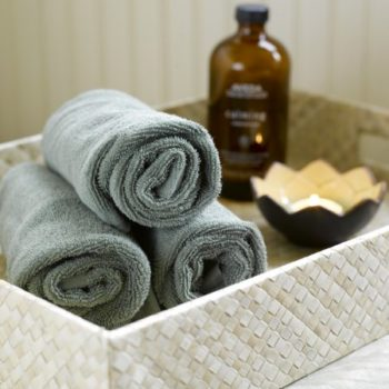 towel-candle-still-life